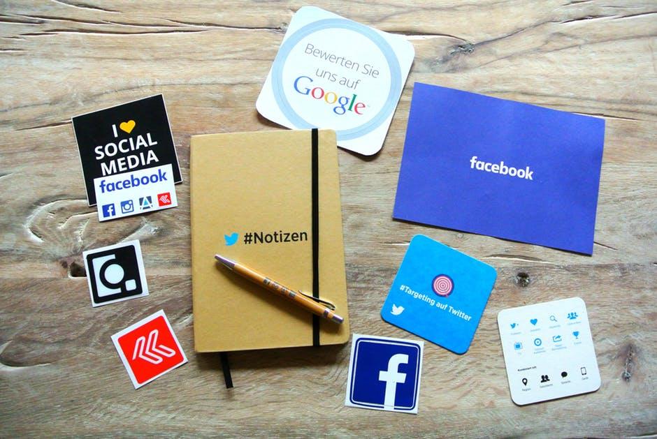 Social media corporate blogs