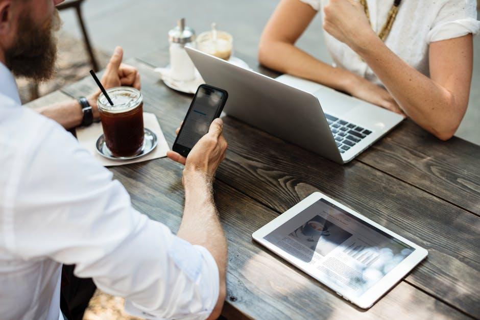 Blogs Manage Online Reputation