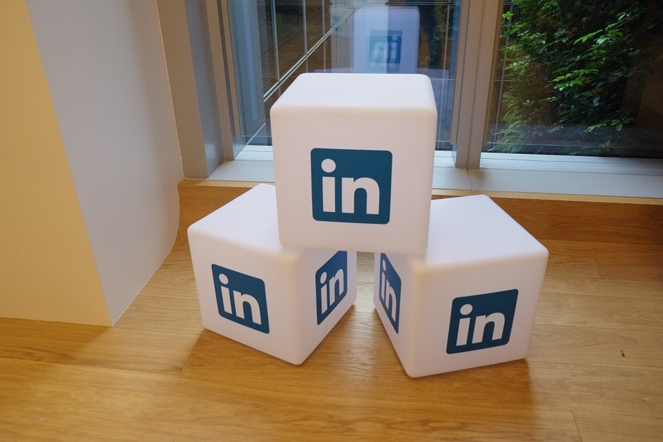 Create Professional LinkedIn Profile