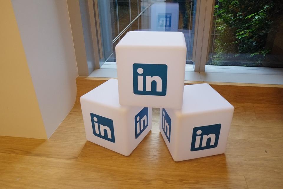 Create Professional LinkedIn Profile